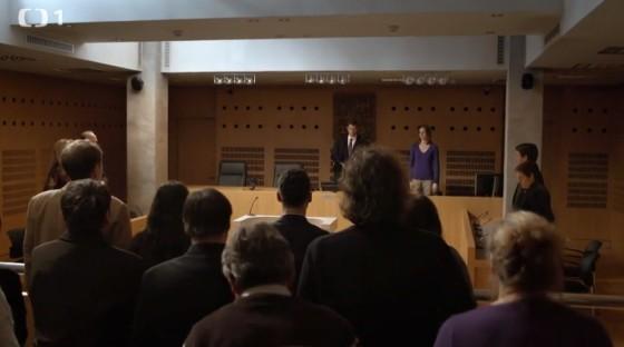 V soudní síni je Adam jako doma.